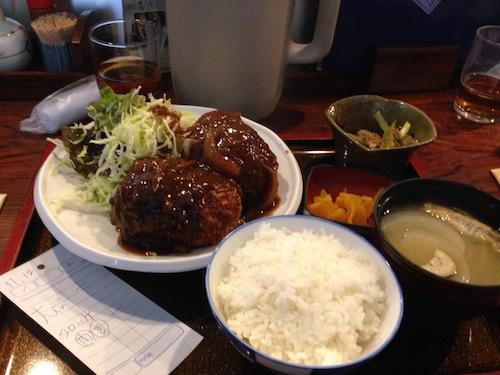 名物コロッケ定食