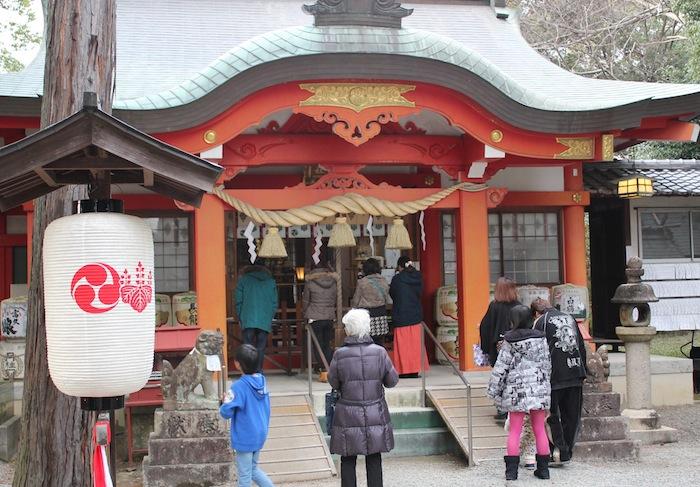 神社へ参拝(1月 大阪にて)