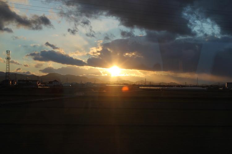 夕焼け(電車の窓から)