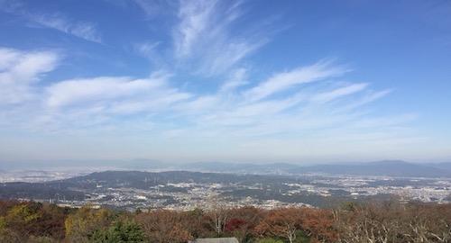 生駒山上より