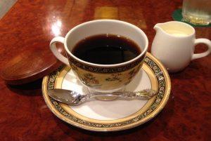コーヒーおかわりです。 (ここではおかわりが無料だそうです!)