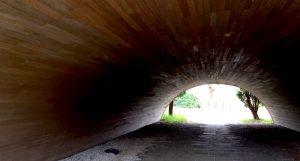 トンネルの先には 淡路島にて