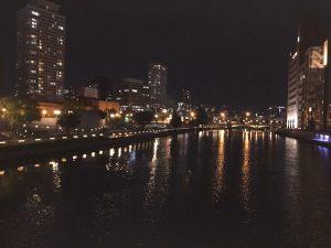 淀屋橋駅近くの栴檀木橋(せんだんのきばし)からの風景