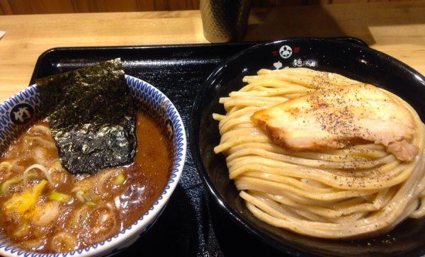 阪急梅田駅にある「たけ井」というラーメン屋さんにて