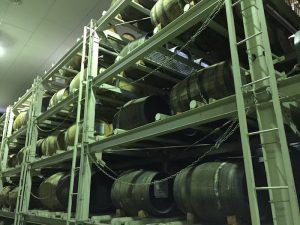 貯蔵室の樽達